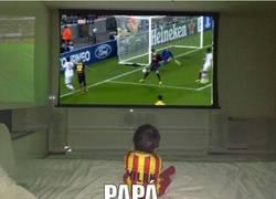 Enlace a Papa ¿qué haces? via @Memesbarcelona