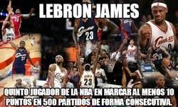 Enlace a LeBron James, récord estratosférico