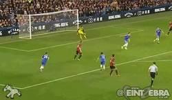 Enlace a GIF: FAIL de Peter Cech vs West Brom