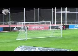 Enlace a VÍDEO: Sergio Ramos le gana tanda de penaltis a Reina