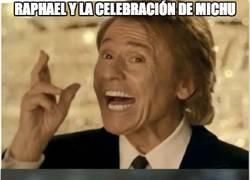 Enlace a Raphael y la celebración de Michu