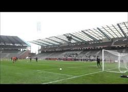 Enlace a VÍDEO: Así definen Lukaku, Hazard y los delanteros de Bélgica en un entrenamiento