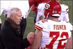 Enlace a GIF: Si te portas bien, serás mi nuevo quarterback