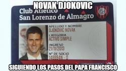 Enlace a Novak Djokovic siguiendo los pasos del Papa