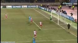 Enlace a GIF: Lío y error de Courtois en el Atlético que permite el gol del Zenit