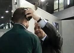 Enlace a GIF: A ver Sergio, quítate los cascos que por 65 millones te vas