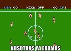 Enlace a Unos de los primeros futbolistas en 8-BITS