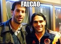 Enlace a Falcao sabe con quién juntarse