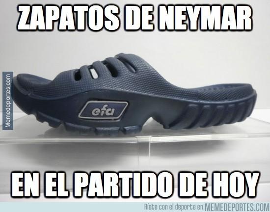 219517 - ¿Qué le pasa a Neymar que no para de resbalarse?