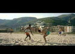 Enlace a VÍDEO: Presentación del balón del mundial, Brazuca 2014