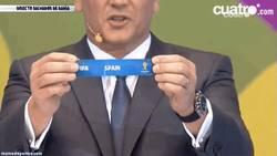 Enlace a GIF: ¡España cabeza de serie del grupo B!