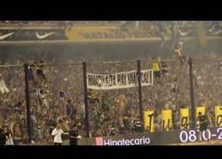 Enlace a VÍDEO: IMPRESIONANTE, Boca se despide del campeonato Cantando a su Eterno rival River Plate