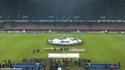 Enlace a GIF: El partidazo de la jornada es el Napoli-Arsenal