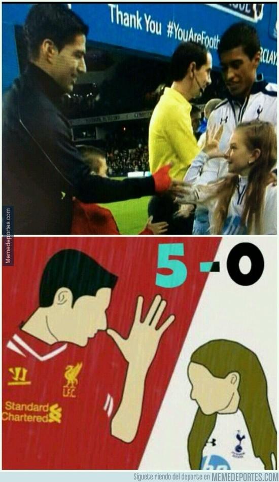 229091 - La respuesta de la afición del Liverpool a la niña del Tottenham
