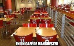 Enlace a Mientras tanto, en un café de Manchester