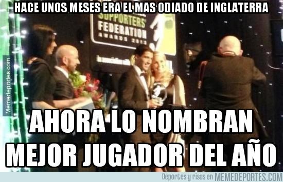 229956 - Luis Suarez, jugador del año según la Federación Inglesa de fans
