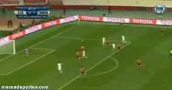 Enlace a GIF: Golazo de cabeza de Mandzukic contra el Guangzhou Evergrande