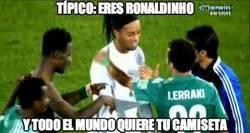 Enlace a TÍpico: Eres Ronaldinho