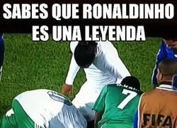 Enlace a Sabes que Ronaldinho es una leyenda