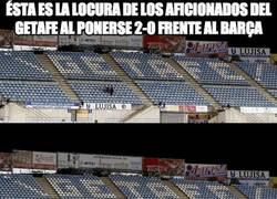 Enlace a Ésta es la locura de los aficionados del Getafe al ponerse 2-0 frente al Barça