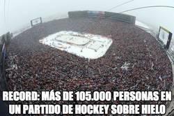 Enlace a Record: más de 105.000 personas en un partido de Hockey sobre hielo