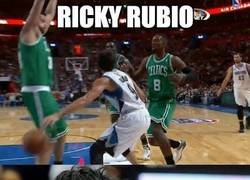 Enlace a Ricky Rubio, a lo Ronnie