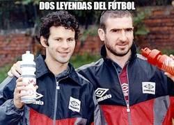 Enlace a Dos leyendas del fútbol