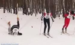 Enlace a GIF: Mientras tanto en las olimpiadas de invierno
