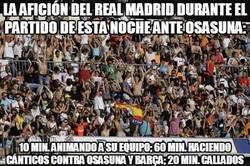 Enlace a La afición del Real Madrid durante el partido de esta noche ante osasuna:
