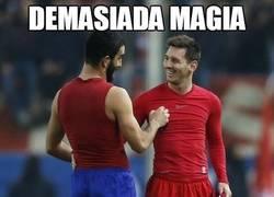 Enlace a Demasiada magia en el Calderón