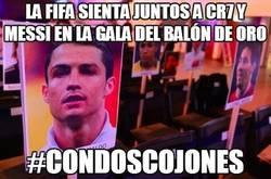 Enlace a La FIFA sienta juntos a CR7 y Messi en la gala del balón de oro