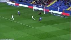 Enlace a GIF: El gol de David Barral que le da el pase a cuartos al Levante