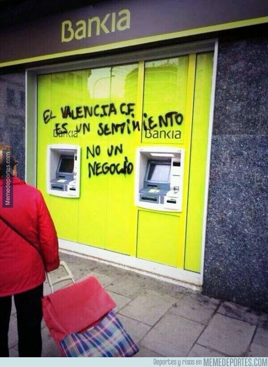 248375 - Por el bien del fútbol, que Bankia ya tome una decisión con el Valencia CF