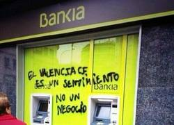 Enlace a Por el bien del fútbol, que Bankia ya tome una decisión con el Valencia CF