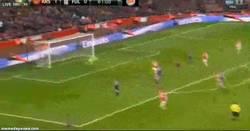 Enlace a GIF: Doblete de Santi Cazorla ante el Fulham