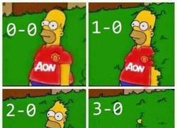 Enlace a Fans del Manchester United tras el hat trick de Eto'o