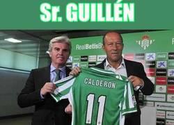 Enlace a Casualidad troll en la presentación de Calderón