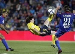 Enlace a Messi tampoco es un experto en chilenas