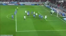 Enlace a GIF: Pequeño Resumen del Partido de Keylor Navas contra el Sevilla, ¡porterazo!