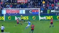 Enlace a GIF: ¡Que en la Liga BBVA también hay golazos! Golazo de Susaeta al Osasuna
