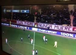 Enlace a Pancarta en el Stade Louis ll