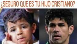 Enlace a El hijo de Cristiano tiene un parecido algo sospechoso con Diego Costa