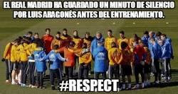 Enlace a El Real Madrid ha guardado un minuto de silencio por Luis Aragonés antes del entrenamiento