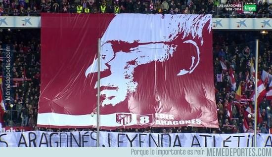 259260 - Homenaje para Luis Aragonés en el Calderón
