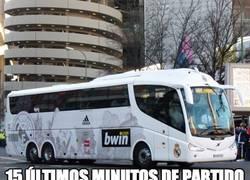 Enlace a El autobús del Real Madrid en San Mamés