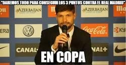 Enlace a Diego Ribas marcándose un Ramos
