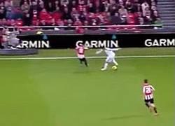 Enlace a GIF: Rescatamos este gran regate de Ramos contra el Athletic Bilbao