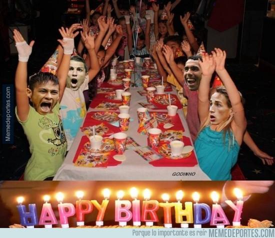 261070 - ¡Feliz Cumpleaños Cristiano, Neymar, Tévez y Januzaj!