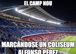 Enlace a El Camp Nou muy vacío para una semifinal de Copa del Rey