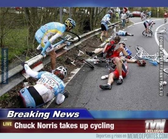262114 - Chuck Norris llega al ciclismo